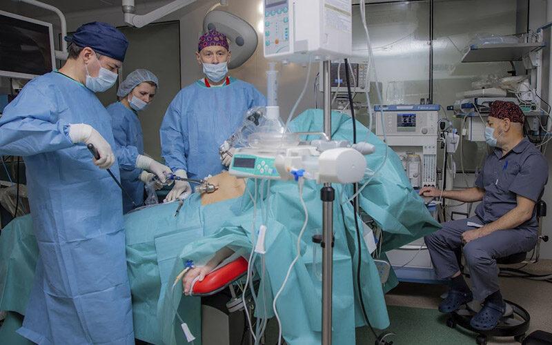 Бариатрия уменьшает тяжесть КОВИД-19 у пациентов с ожирением